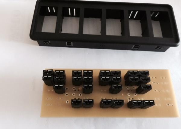 PCB et platine