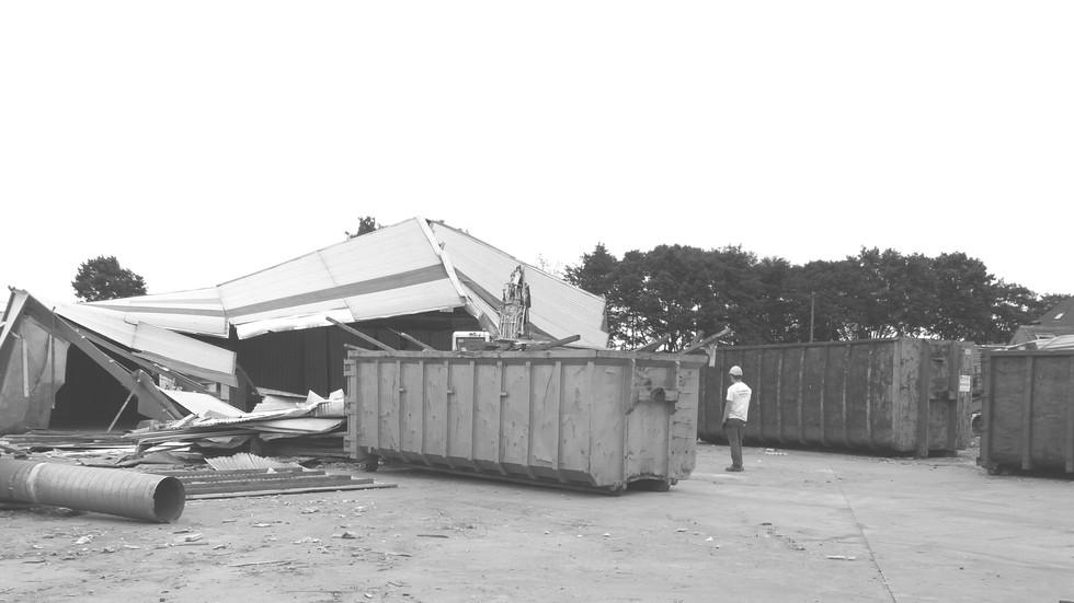 Laatste gebouw wordt afgebroken.