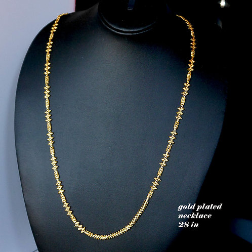 Real looking gold plated chain 28 in