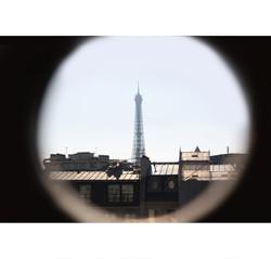 Oeil sur la Tour-Eiffel (70€)