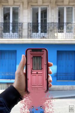 La vie en rose... sur bleu - Paris - Available in shop