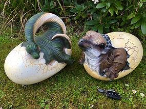 Dinosaur Eggs hatching Models