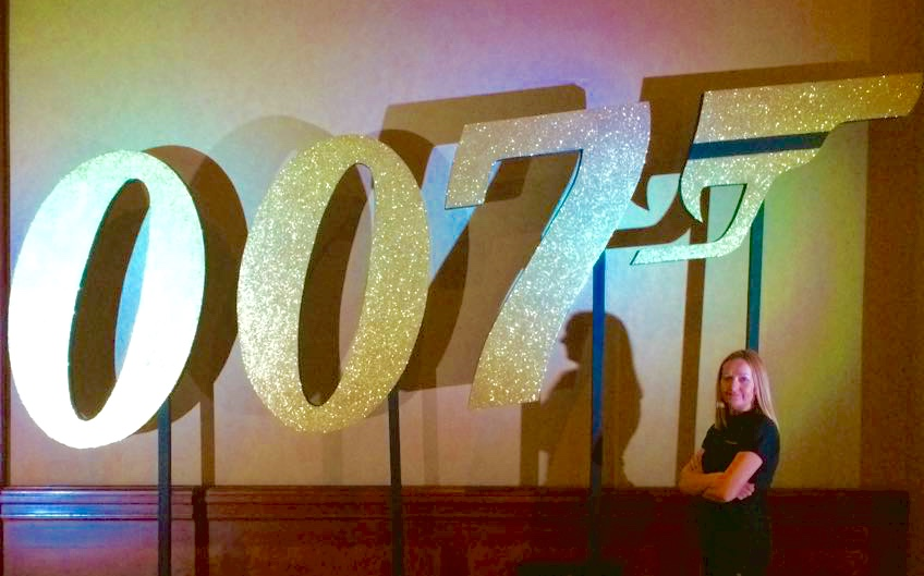 007 gold glitter prop hire from Event Casino