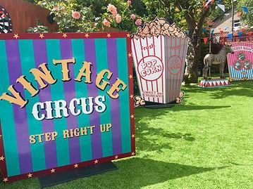 Vintage Circus, Traditional Fairground
