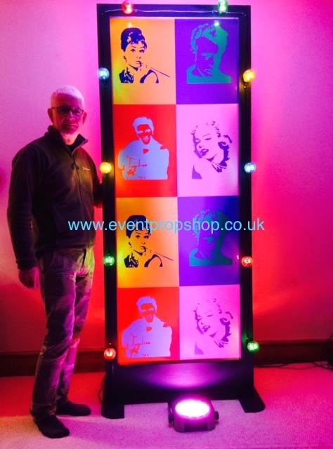 Pop Art Stand