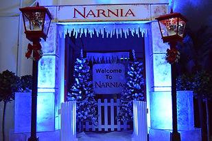 winterwonderland narnia street lights