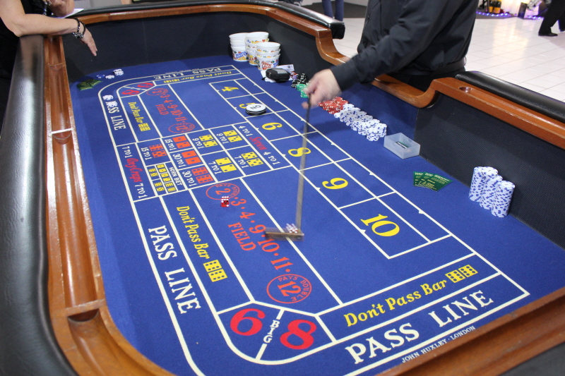 Craps/ Dice tables