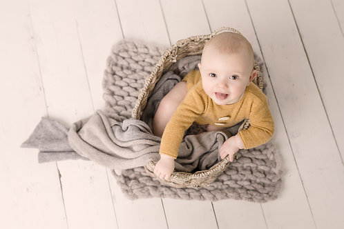Sitter Photography Session PLUS £300 Credit