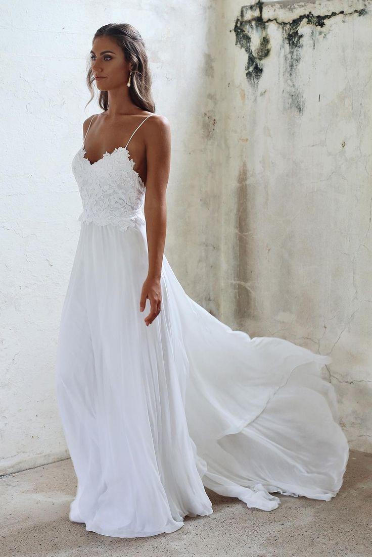 Thin stripes white wedding dress
