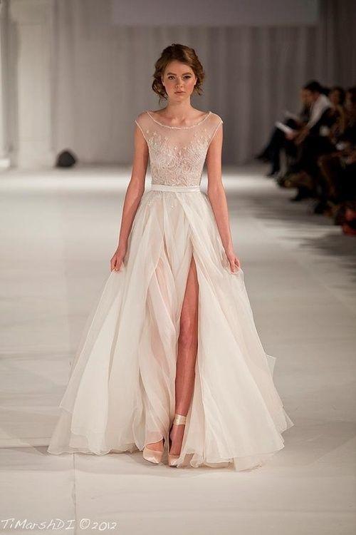 Ivory Airy Wedding dress