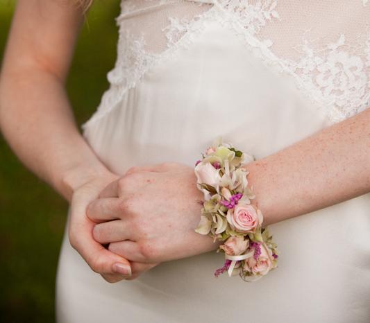 Floral bridal bracelet