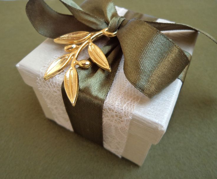 Favour gift box with Golden Olive Tree branch charm with olive green ribon