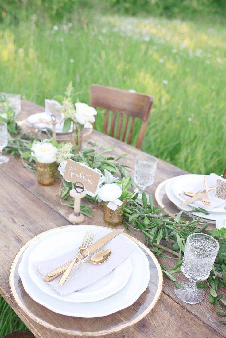 Rustic minimal luxurious wedding