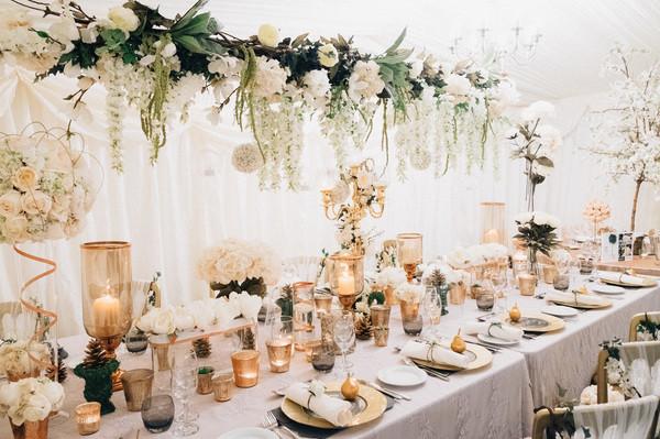 Greek destination mnimalistic wedding