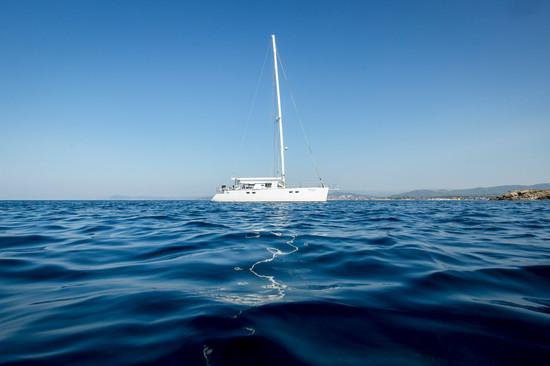 yacht en mer