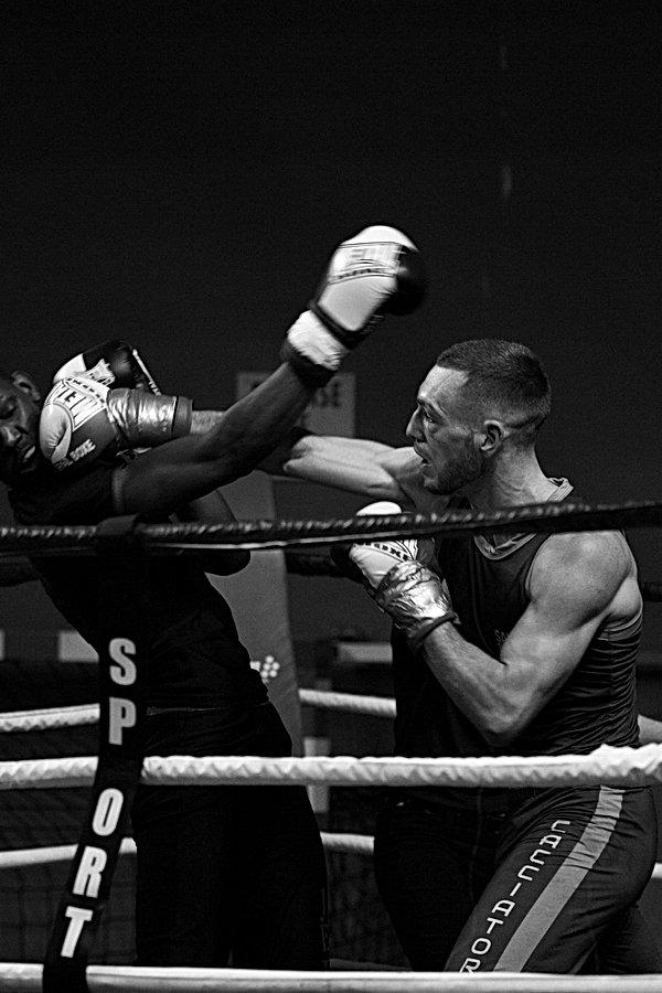 reportage photographique savate boxe francaise, pixiflat, pixisport, photographie de sport,photographe de reportage, marseille