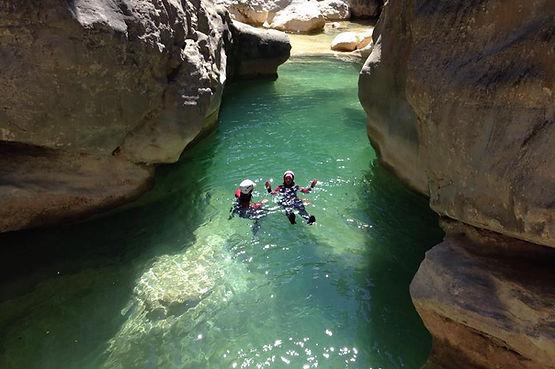 Baignade dans le canyon