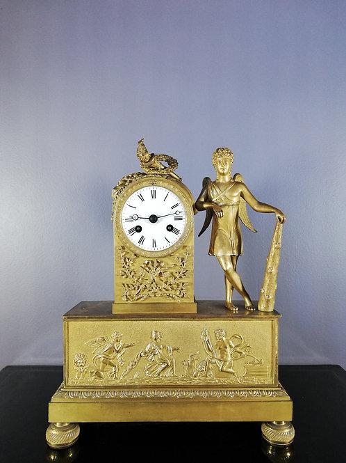 Pendule Empire: les victoires de Cupidon