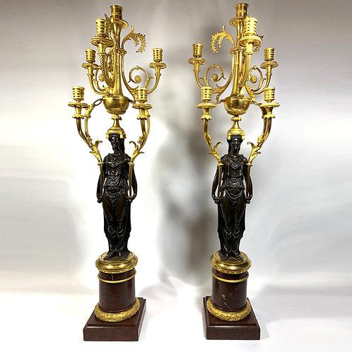 Paire d'importants candélabres de François Rémond, fin XVIIIème siècle.