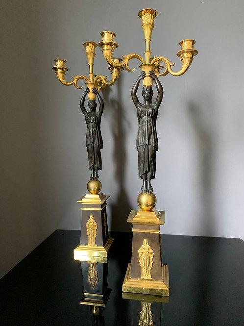 Claude Galle: paire de grands candélabres d'époque Empire aux vestales