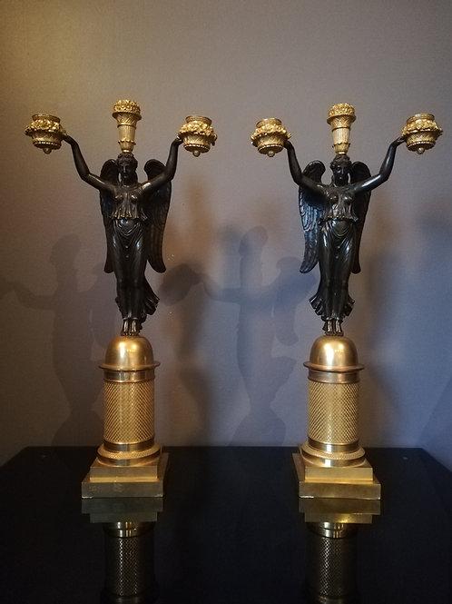Thomire/Rabiat : grande paire de candélabres signés, époque Empire.