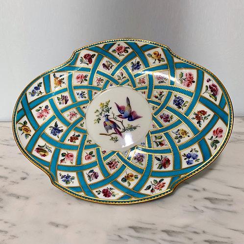 Plat Jatte Polylobé(e) En Porcelaine De Sèvres XVIIIe Siècle