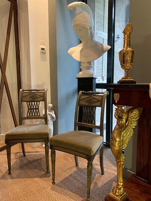 Paire de chaises d'époque Directoire attribuée à Georges Jacob. Fin XVIIIe.