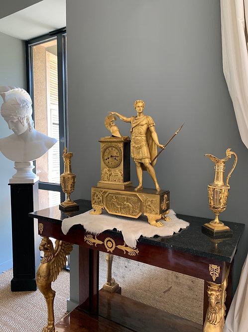 Feuchère P. F : Exceptionnelle pendule à la gloire d'Achille, d'époque Empire.