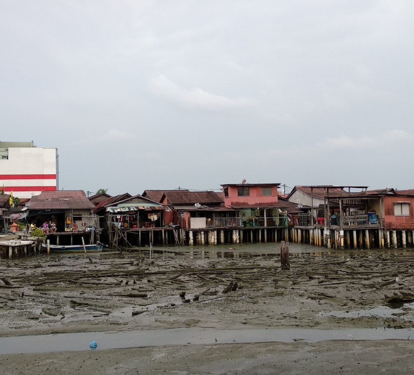 Looking from one jetty to the next