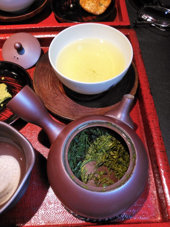Sencha at Tukimasa Simokita tea house, Tokyo