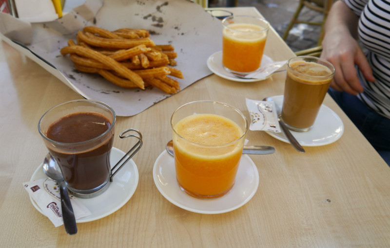 A Spanish breakfast - no tea in sight. But chocolate y churros y cafe con leche...