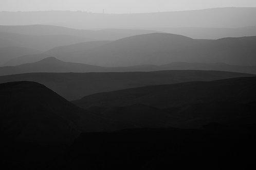 MOUNTAINS OF THE JUDEAN DESERT 9