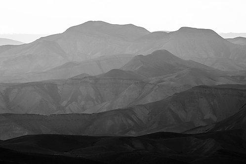 MOUNTAINS OF THE JUDEAN DESERT 10
