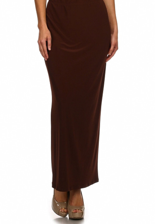 Phrase and brown straight skirt