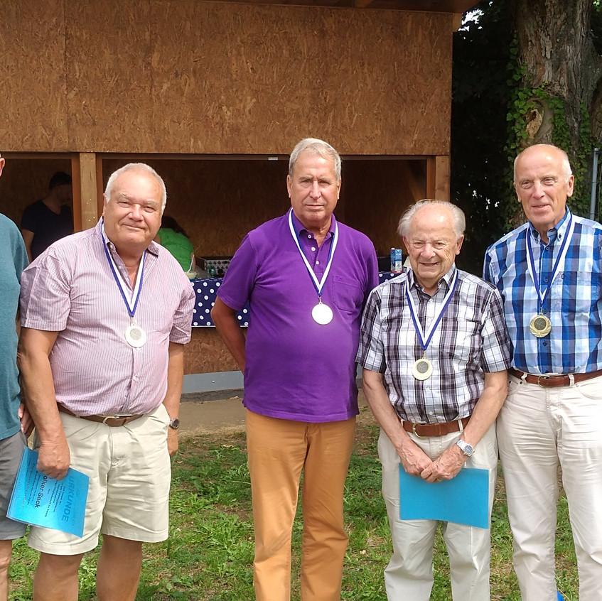 Geschäftsführer Werner Borger, xxx Sack, xxx, xxx Fritz-Hermann Hörr, Vorsitzender Stefan Ihringer