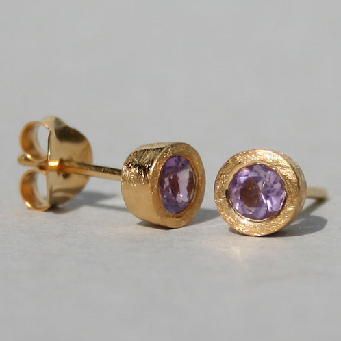 Gold plated silver studs with amethyst