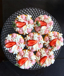 Mango-maasika-laimi koogikesed