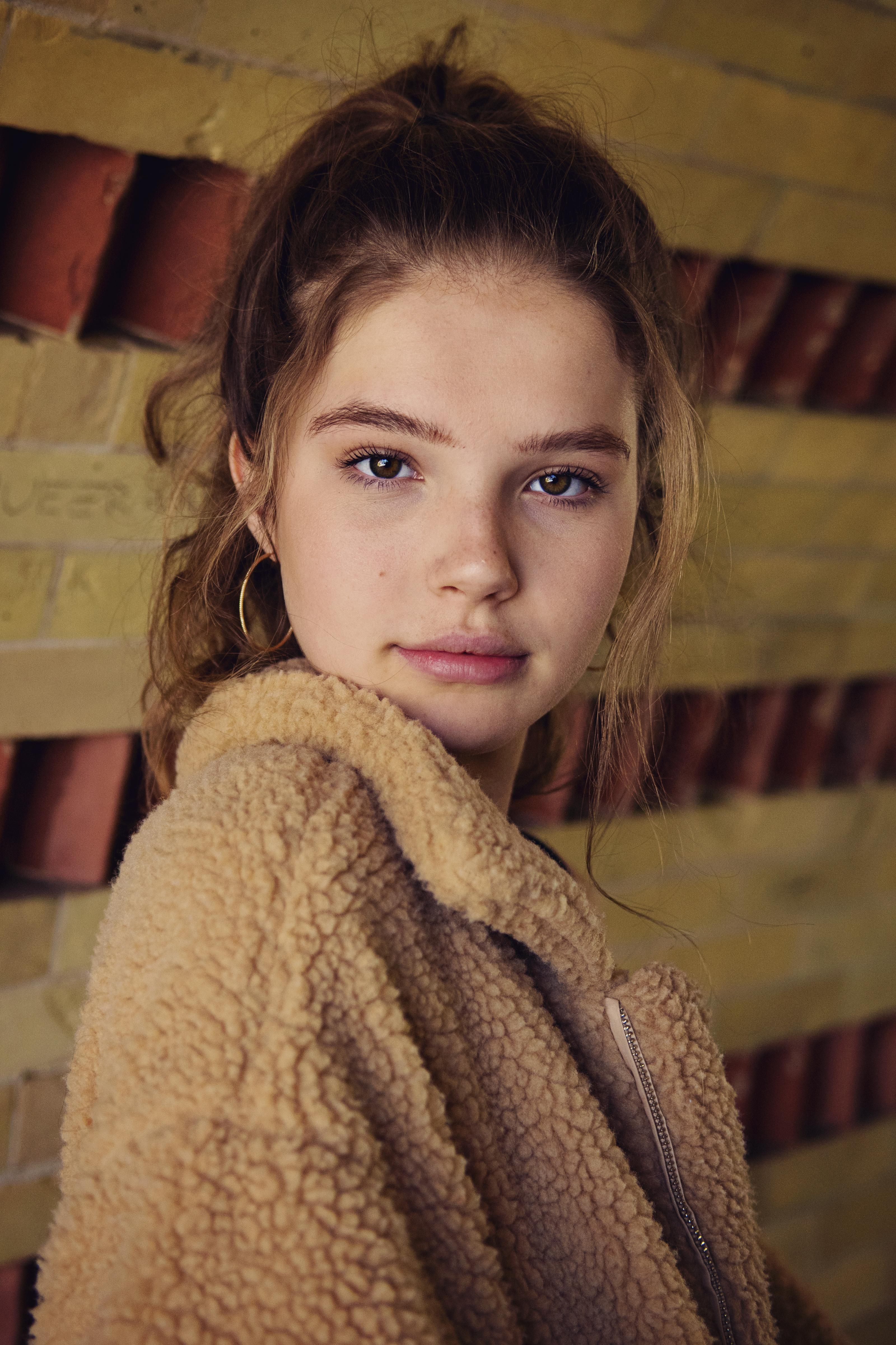 Ellie Thumann