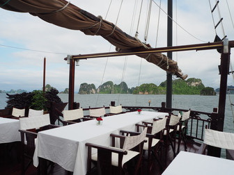 How to do Ha Long Bay the best way possible