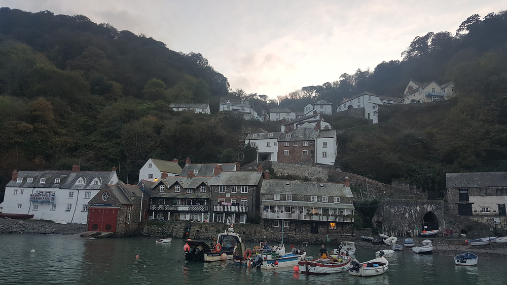 Streets of Clovelly, Devon - Life Itinerant