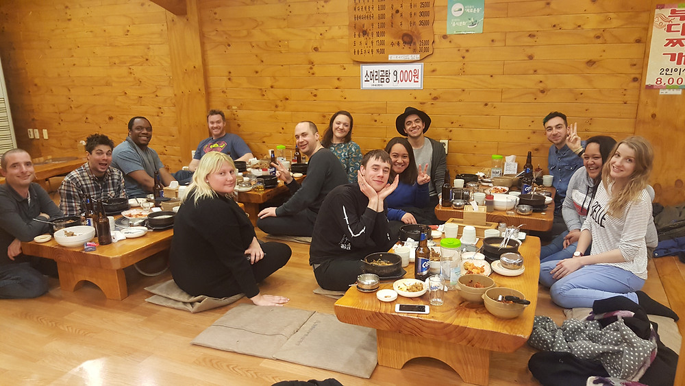 Dinner with friends in South Korea - Life Itinerant