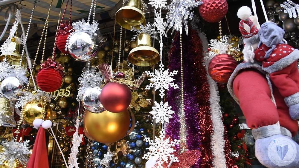 Christmas decorations at Namdaemun markets - Life Itinerant