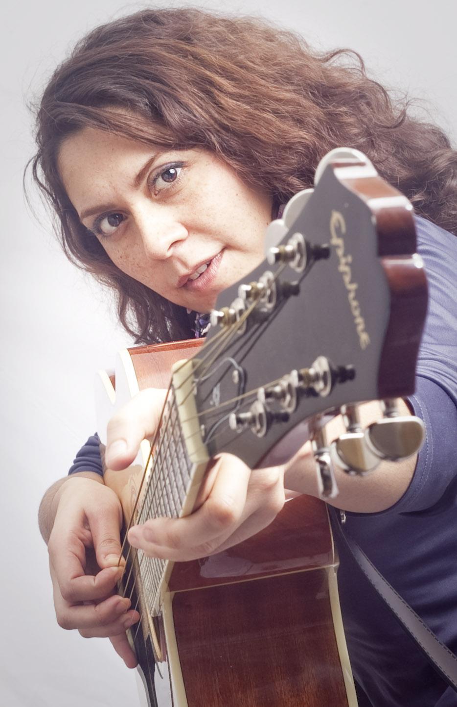 Claudia Saravia