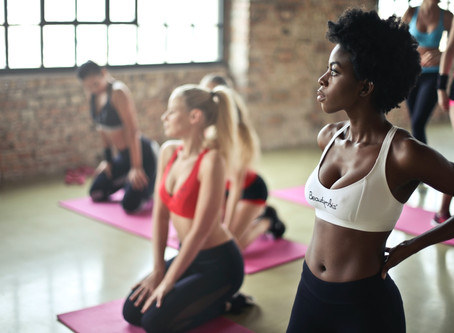 What to Expect at a Beginner Yoga Workshop