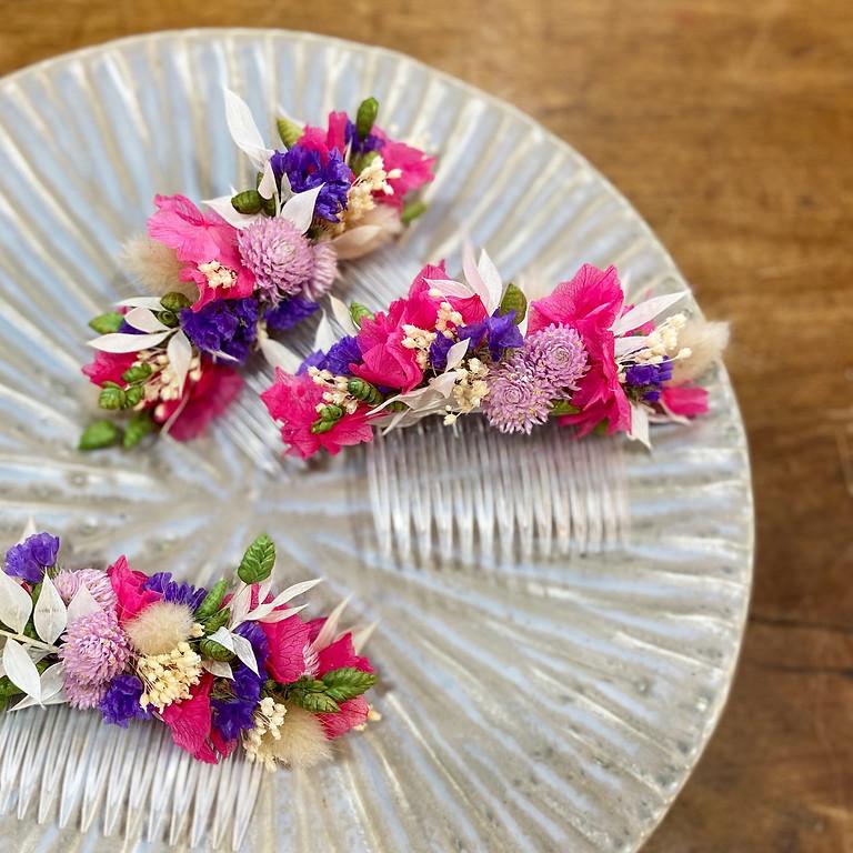 Atelier peigne, bracelet et boutonnière de fleurs séchées