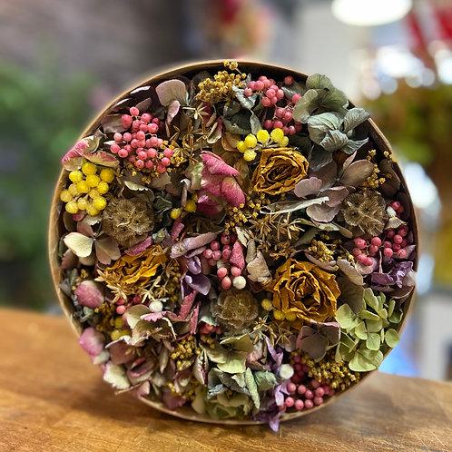 Boîte de fleurs séchées jaune, rose et verte