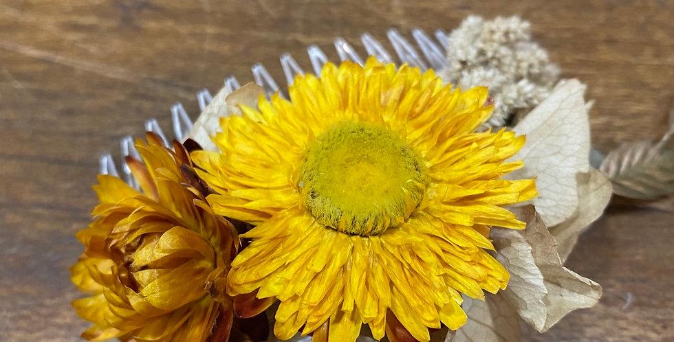 Peigne fleuri ton jaune