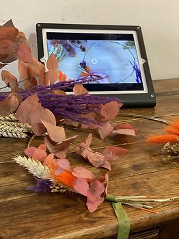 Kit pour réaliser une couronne murale de fleurs séchées