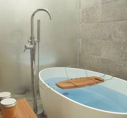 Crestial Eins+ Floor Bath Mixer