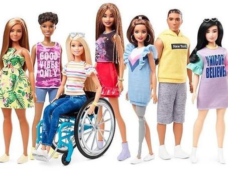 Anuncian nueva Barbie con discapacidad